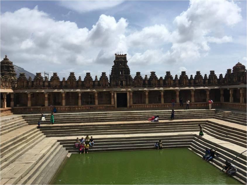 Water tank - Bhoganandishwara temple